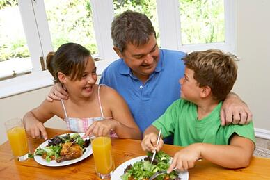 parent talking to kids about eating healthy